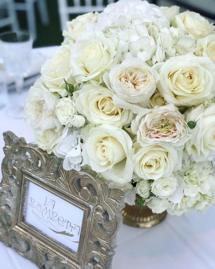 #wedding #destinationwedding #weddingflower #floralrunner #weddingtable #centrotavola #centerpieces #federicaambrosini #federicaambrosinifloraldesigne #federicaambrosiniflower #gala #galadinner
