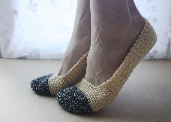 Crochet Slippers for Women in LightBrown & by WhiteBergamot, €14.00