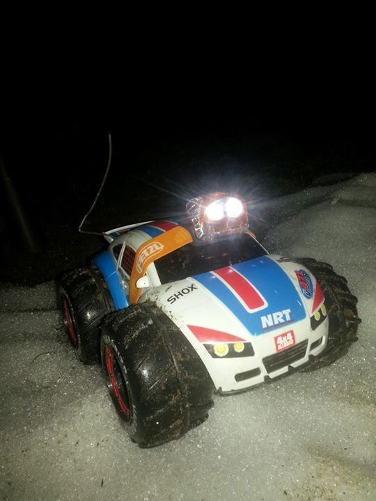 DIY lights for remote controlled car