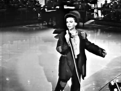 Judy Garland - A Couple Of Swells (The Judy Garland Show) - YouTube