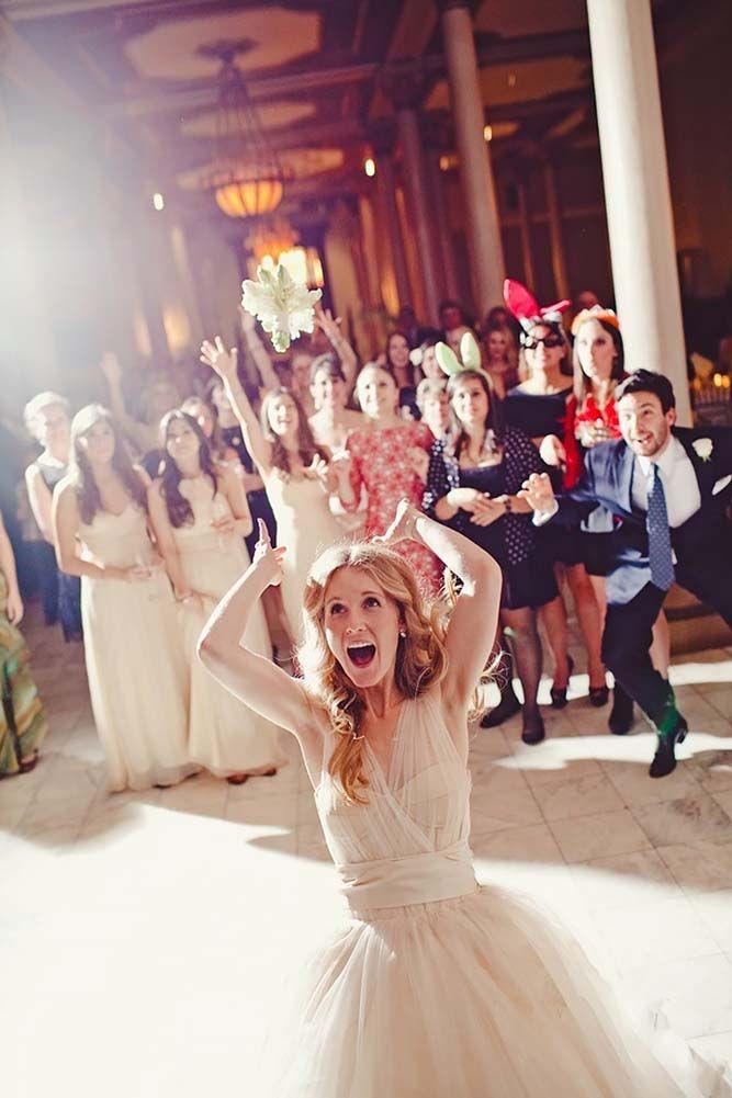 + Popular Wedding Photo Ideas For Unforgettable Memories ❤ See more: http://www.weddingforward.com/popular-wedding-photo-ideas/ #weddings