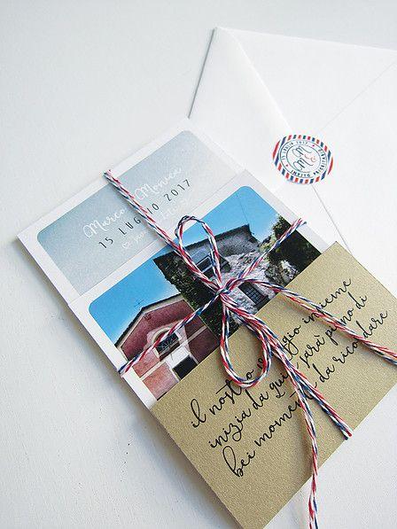 Partecipazione cartolina + invito polaroid + cartoncino kraft lista viaggio