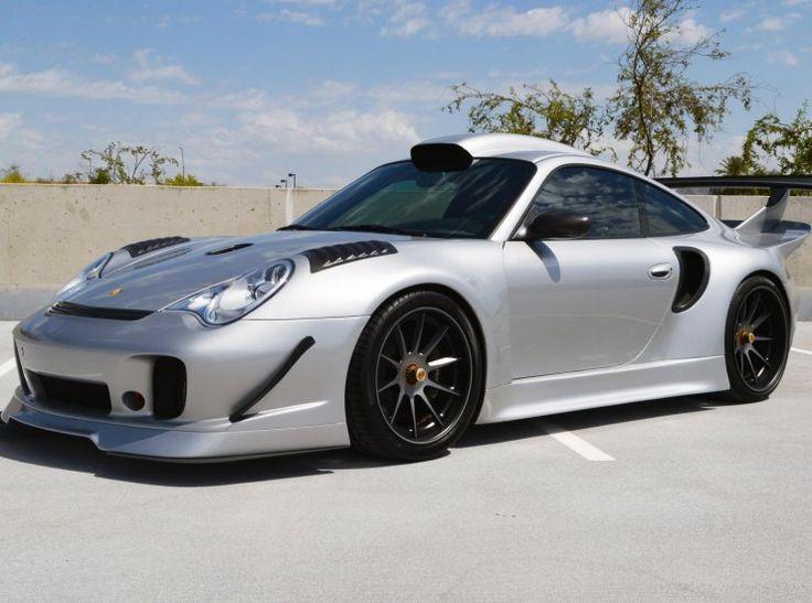Porsche 911 GT2 – 1.176cv? Porsche 911 GT2 abusa da customização Exemplar do cupê está à venda nos Estados Unidos por US$ 300 mil e traz motor 3.8 biturbo capaz de render 1.176 cv A concessio…