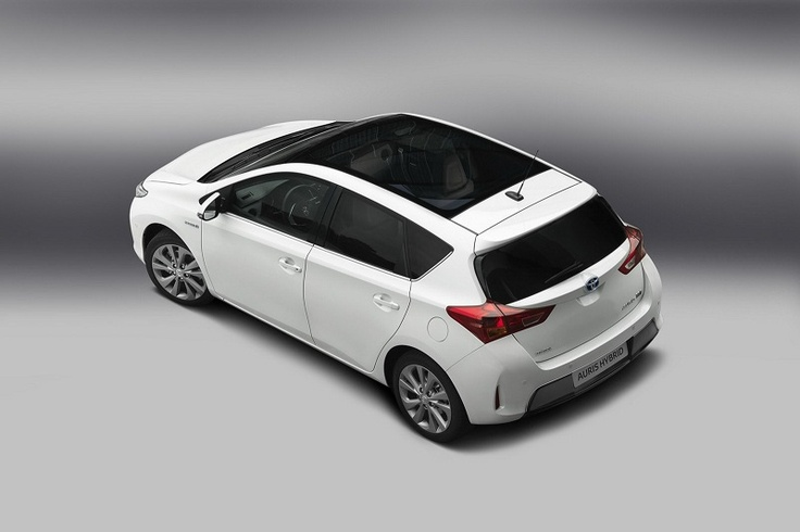 Toyota will make first debut for the latest model 2013 Toyota Auris & Auris Hybrid at Paris Auto Show 2012 in September 27-28 which will be held at Paris Expo – Porte de Versailles, Paris, France