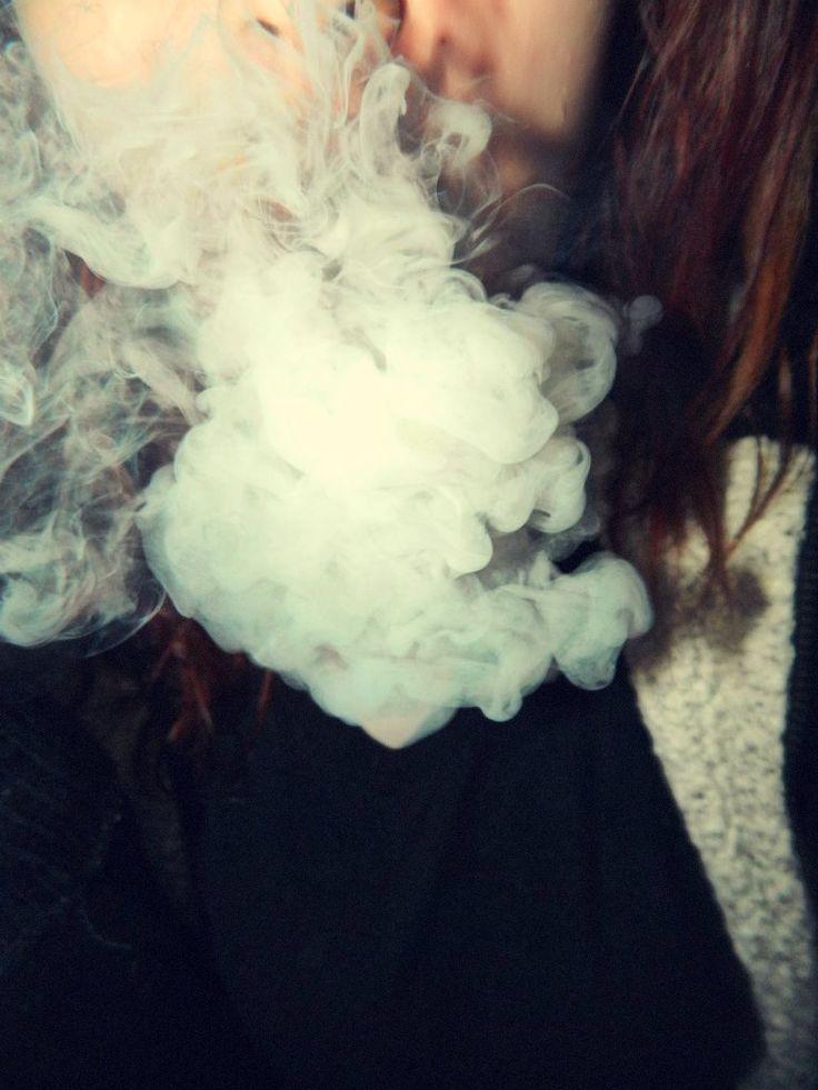 Smoking Cigarette Girl Smoke Fashion Hair Make Up And