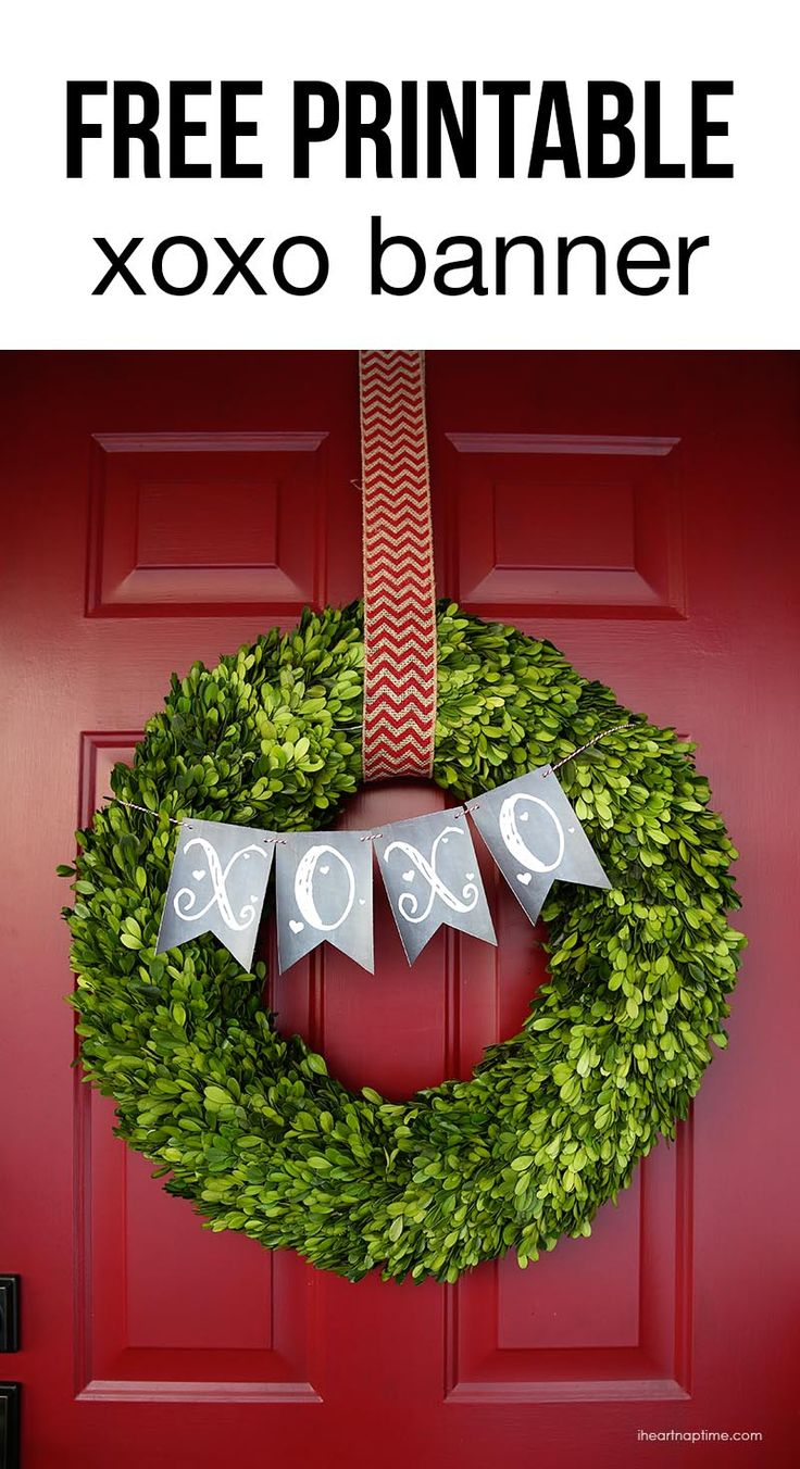 Cute and simple Valentines Day wreath on iheartnaptime.com + a free printable xoxo banner!
