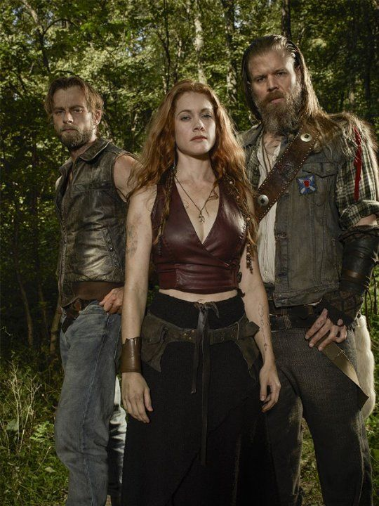 Still of Gillian Alexy, Ryan Hurst and Joe Anderson in Outsiders (2016)