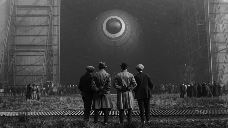 31 Photos From The Golden Age Of Airships, When Zeppelins Ruled The Sky | Gizmodo Australia