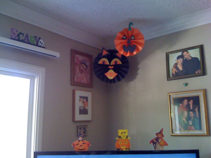 construction paper halloween decorations halloween craft for preschool halloween craft halloween crafts for