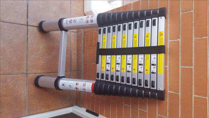 Escalera Telescópica LIFEWIT Estupenda escalera telescópica de la marca Lifewit, hecha en aluminio, con capacidad para hasta 150 kilogramos de peso. Es retráctil y extensible, pasando de menos de un metro a casi cuatro, concretamente, cuando está recogida mide unos 87 centímetros y cuando se extiende totalmente llega a los 3,8 metros. https://www.amazon.es/gp/product/B01M4L1KT5