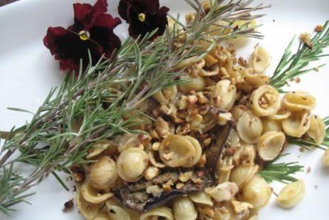 Паста с баклажанами и грецкими орехами рецепт - спагетти с баклажанами рецепт, спагетти с овощами рецепт :: JV.RU