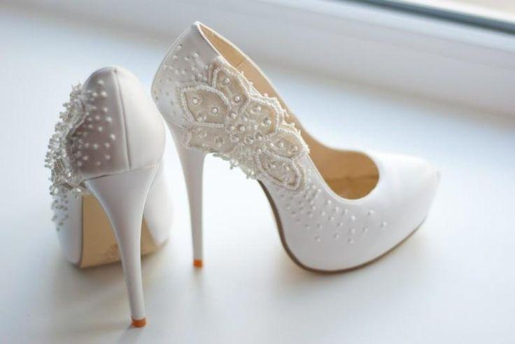 Туфли белыя свадебныя
