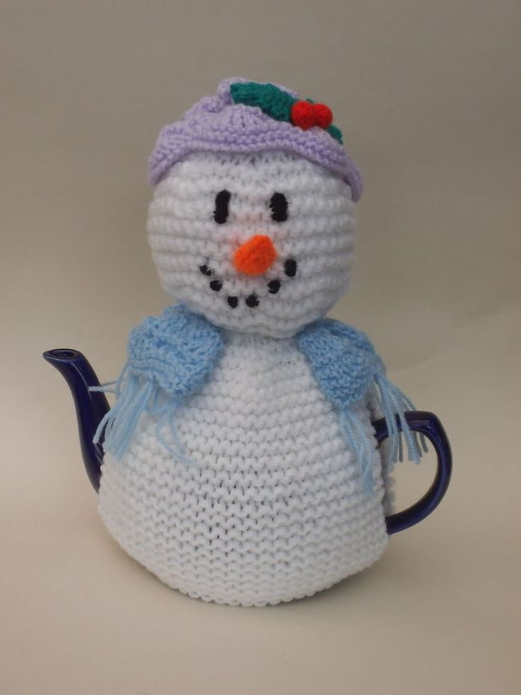 Looking for a Christmas tea cosy that is a bit different to a snowman tea cosy?. What about the snowlady tea cosy??. The snowlady tea cosy knitting pattern includes the hate, shawl and sprig of holly, and of course the traditional carrot nose, perfect for your teapot this Christmas! | eBay!