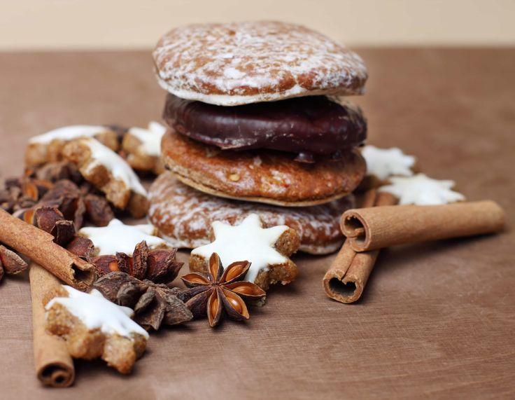 I Lebkuchen sono Biscotti Speziati di Natale di origine tedesca, ma diffusi anche nell'Alto Adige. Si possono preparare in tantissimi modi diversi.