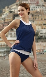 This site has some really cute swimsuits and other cute vintage style clothes. Love love love!!!!