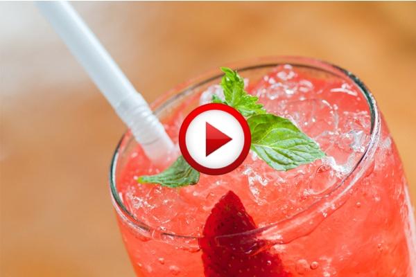 How to Make Strawberry Soda Video #cooking, #kitchen, #drinks, #pinsland, https://apps.facebook.com/yangutu
