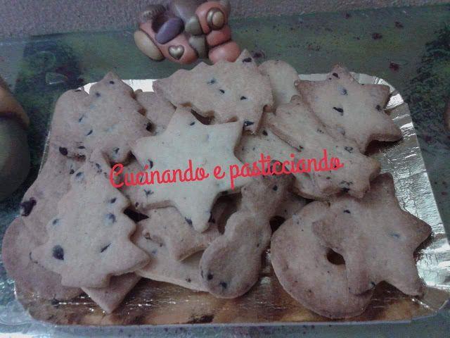 Cucinando e Pasticciando: Biscotti al burro con gocce di cioccolato