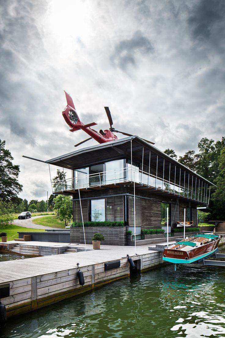 Spektakulära villan på Lidingö – med egen helikopterplatta