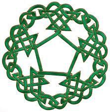 Green Celtic Symetry