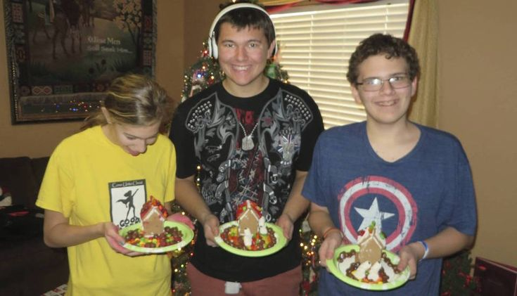 10 Things to Know Before Our Special Needs Family Visits for the Holidays