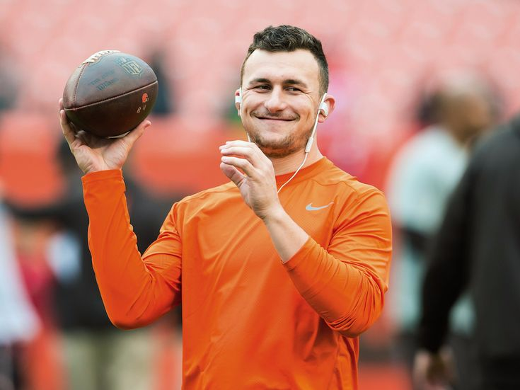 Former Cleveland Browns QB Johnny Manzile looking for his comeback with the Canadian Football League with hopes to get back in @NFL #CFL via @MovieTVTechGeeks