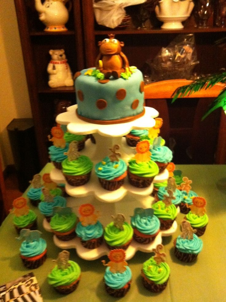 jungle safari baby cakes baby shower cakes safari cakes jungle cake