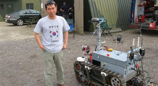 Robot Perang dr.Subchan