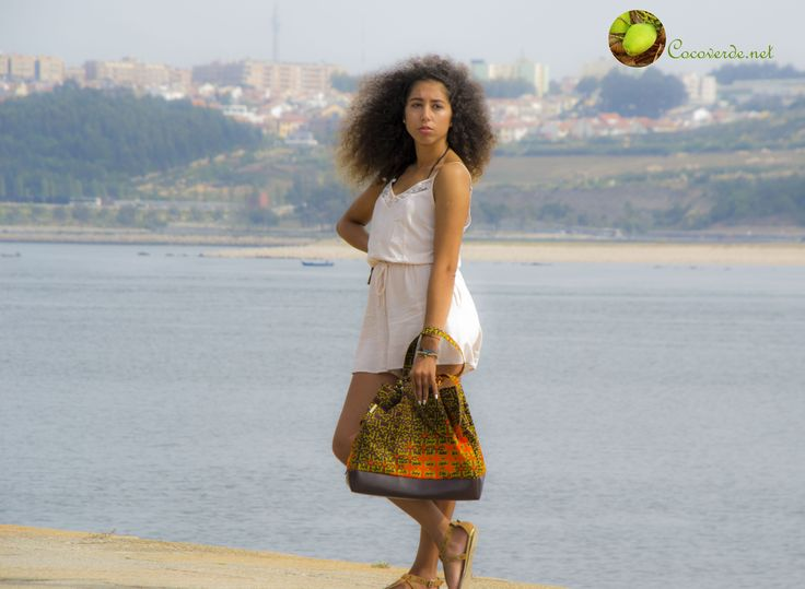 Stylish photo of our model Sara Bombarda with our unique handbag Cabinda More info: http://cocoverde.net