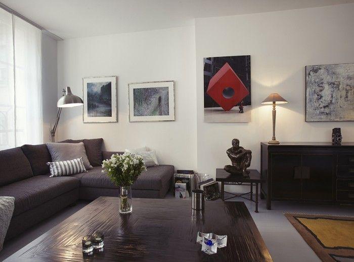 Du gris, une pointe de rouge pour accompagner cette harmonie monochrome www.michele-boni.com Interior Design