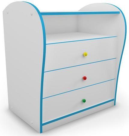 Комод «МАШИНЫ»  — 9530р. --------------------------------------- Комод для детской комнаты с цветной кромкой и разноцветными ручками. Придаст спальне яркость и веселое настроение. Идеально подходит к кроватям серии «Кидс». Специальная система направляющих с доводчиками предотвращает резкое шумное закрывание ящиков и делает использование мебели еще более комфортным.Реальный цвет может отличаться от представленного на сайте, ввиду различных настроек монитора.