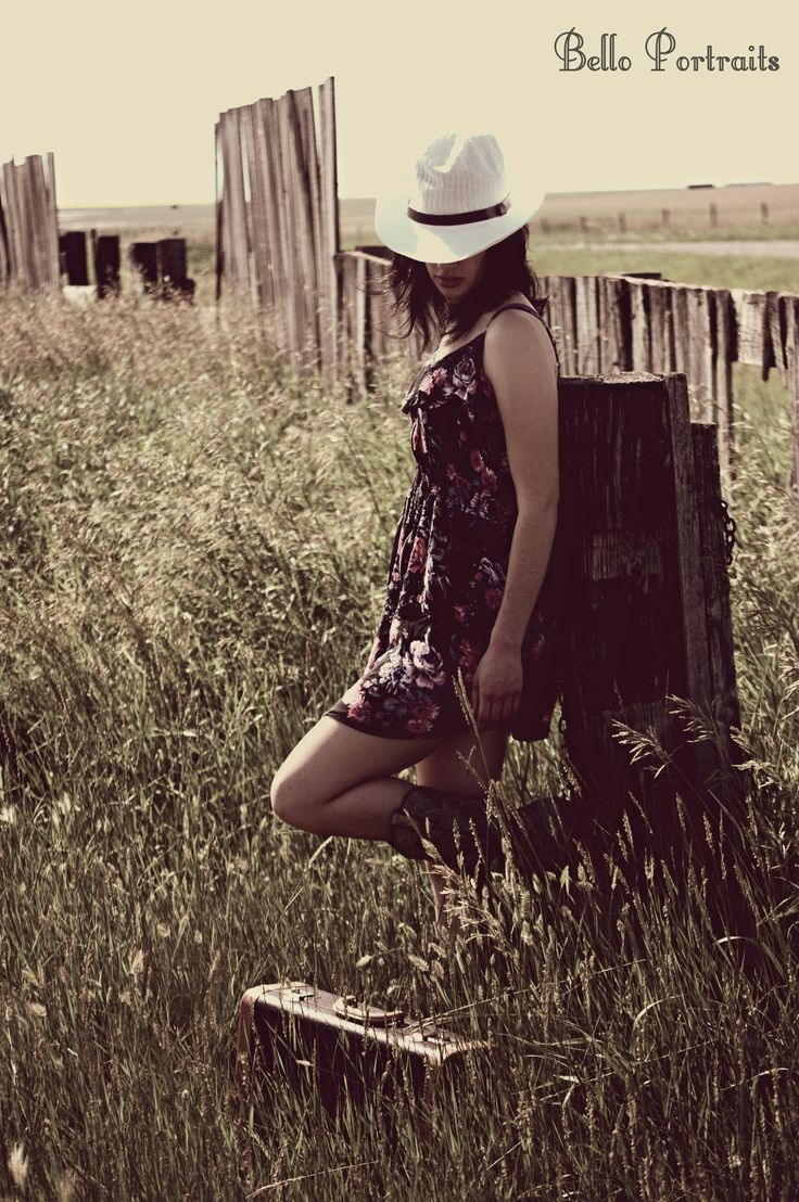 country ideas tall grass wooden fence