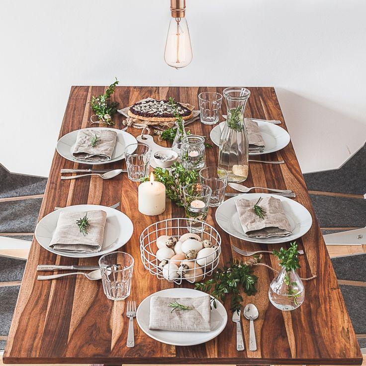 KINFOLK EASTER TABLE SETTING IDEA  #kinfolktable #Eastertable #Eastertablesetting #Easterdecor #Easterdecoration  #Eastertabledecoration