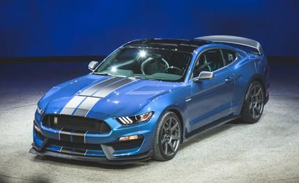2016 Ford Mustang Shelby GT350R: Ready to Slaughter Racetracks Near You