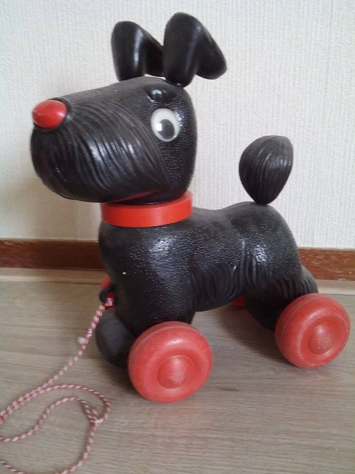 Vintage pull-dog