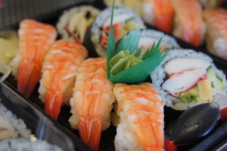 Sushi Sushi Nunawading: Introducing the Prawn California Roll Pack, speaks for itself :)