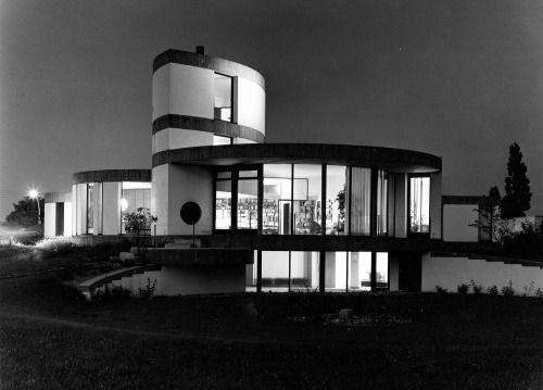 House Zindler (1965-66) in Düsseldorf, Germany, by Paul Schneider-Esleben