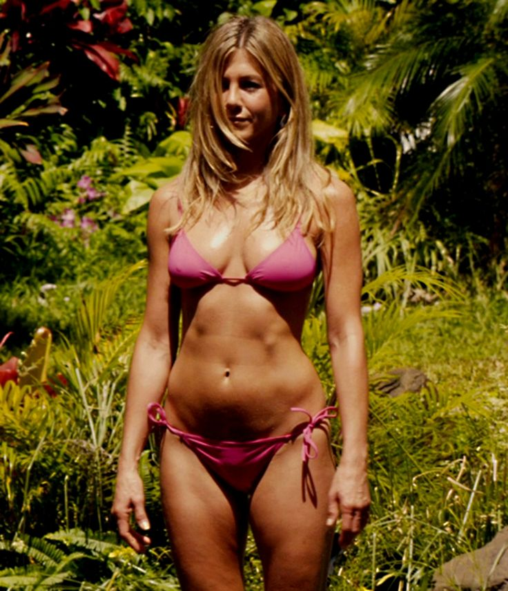 Aniston up her bottom bikini
