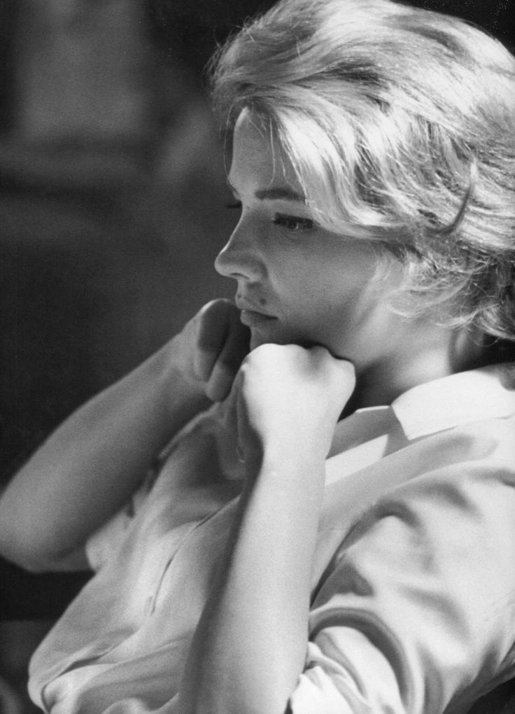 gena rowlands photographed by leo fuchs on the set of the spiral road • 1962