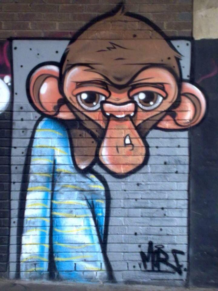 Brighton street art | graffiti: Monkey (close up)