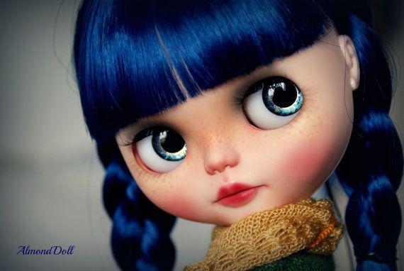 Modrá - zakázková OOAK Blythe panenky, jedinečné umělecké panenky podle AlmondDoll