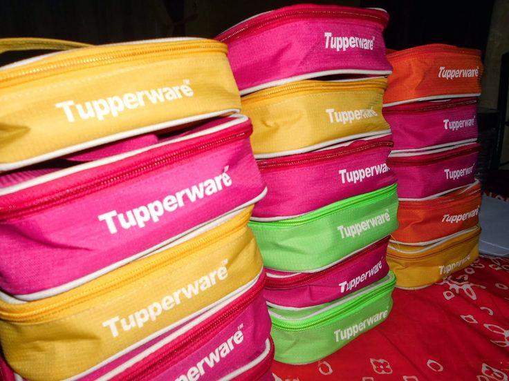Jual Tas Untuk Tupperware di Jakarta  Kami menjual berbagai macam tas untuk tupperware anda. Aneka motif dan varian kami sediakan untuk menunjang beragam tupperware yang anda miliki.   http://tastuppyjakarta.blogspot.com/2015/02/jual-tas-untuk-tupperware-di-jakarta.html
