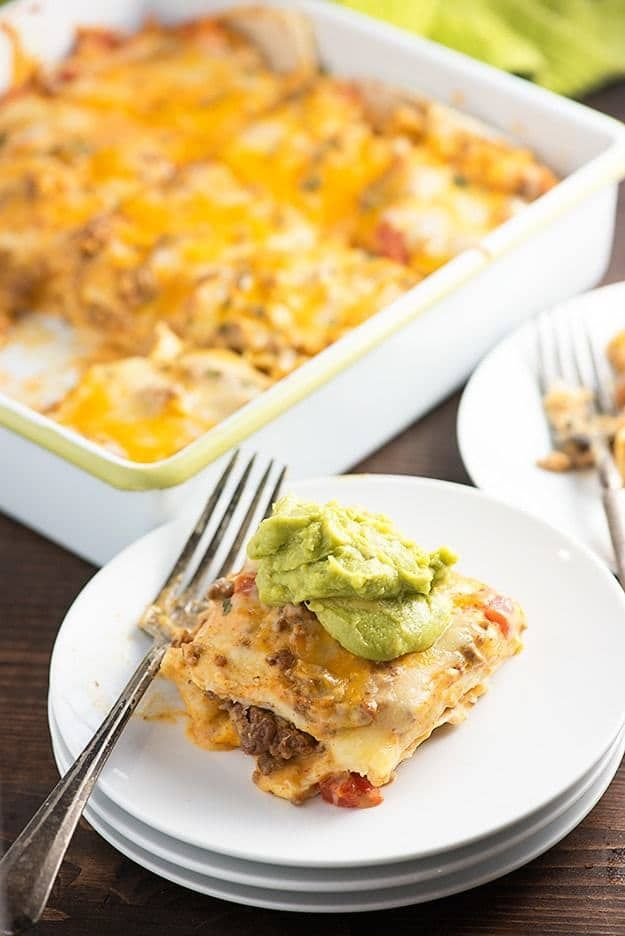 This taco bake is such an easy weeknight dinner and perfect for those nights when you're tired of regular tacos.