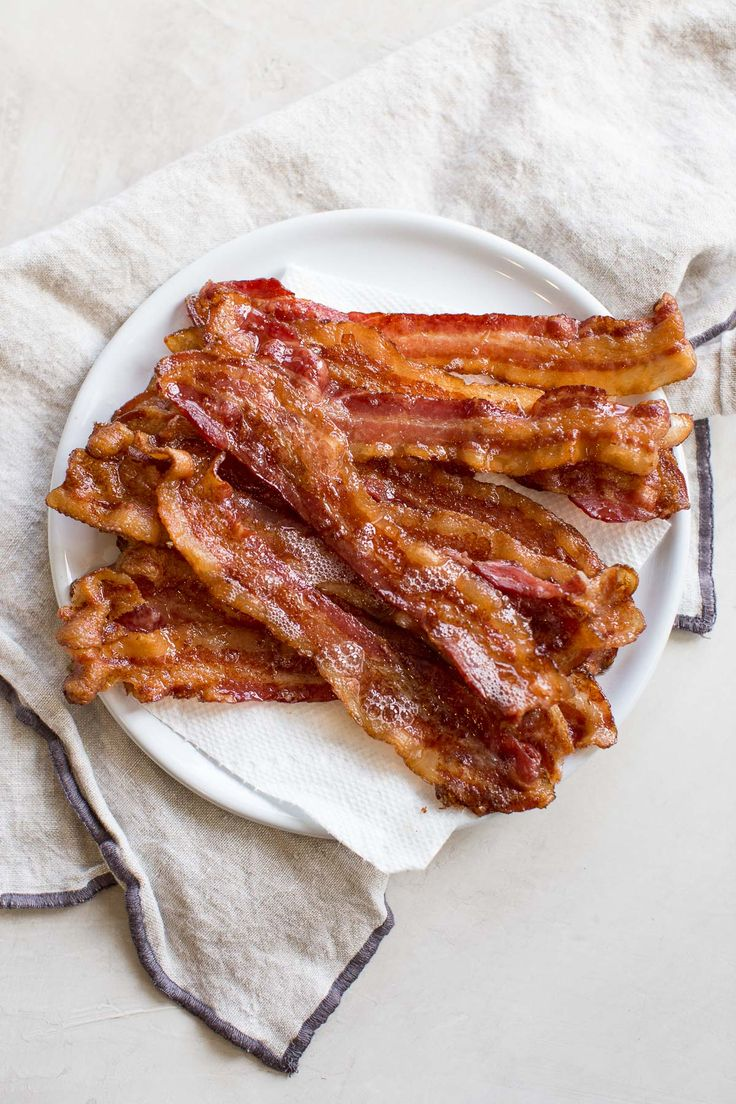 Cooking Bacon in the Oven Recipe in 2020 Bacon in the