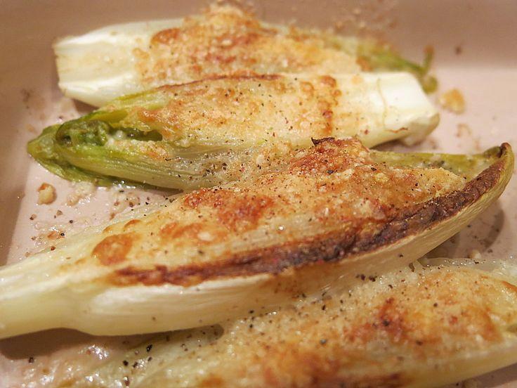 Chicoree mit Parmesankruste, ein schmackhaftes Rezept aus der Kategorie Gemüse. Bewertungen: 30. Durchschnitt: Ø 4,0.