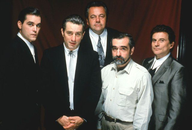 Still of Robert De Niro, Martin Scorsese, Ray Liotta, Joe Pesci and Paul Sorvino in Goodfellas (1990)
