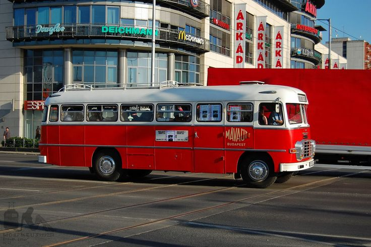 IKARUS Hungarian buses