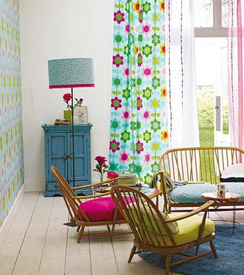 Lime and pink is such a sweet combination! :-)