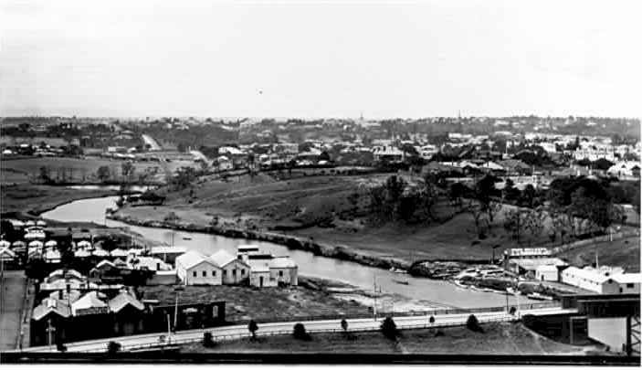 PH 7101. View looking South East, showing the curve of the Yarra (now altered by the construction of Herring Island), the old Church Street bridge, Tivoli and grounds, and Rockley. c.1915.