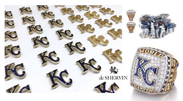 Another honor for De Shervin to be a part of Kansas City Royal 2015 masterpiece trophy ring production. KC is crowned by a legendary work.#deshervin courtesy of #jostensinc #KCroyals #baseball #crowned #bespoke #savoirfaire #fineJewellery  #preciousstone #artwork #couture #atelier #uniquejewellery #jewels #diamond #customized #เพชร #highjewellery #highjewelry #luxury #luxurylife #sydney #NY #USA #crowned #kansas #worldserieschamps #kansascityroyals #WorldSeries #defendthecrown