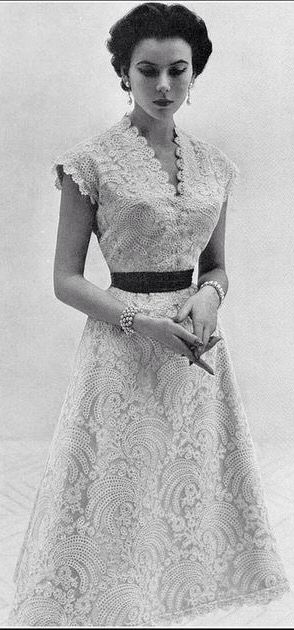 "Dream dress - Sylvie Hirsch in Lanvin-Castillo, 1953 // photo by Eugene ""Genia"" Rubin www.vintageclothin.com"